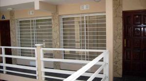 Apartamento En Alquileren Rohrmoser, San Jose, Costa Rica, CR RAH: 17-205