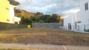Terreno En Venta En Pozos, Santa Ana, Costa Rica, CR RAH: 17-213