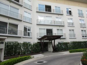 Apartamento En Alquiler En Guachipelin, Escazu, Costa Rica, CR RAH: 17-240