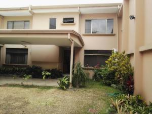 Casa En Ventaen Trejos Montealegre, Escazu, Costa Rica, CR RAH: 17-261