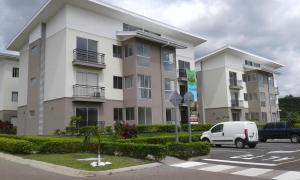 Apartamento En Alquileren Alajuela, Alajuela, Costa Rica, CR RAH: 17-264