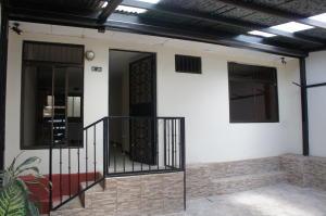 Casa En Venta En Tres Rios, La Union, Costa Rica, CR RAH: 17-315