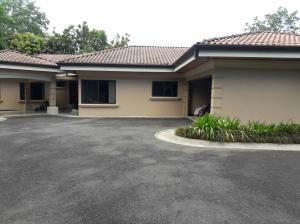 Casa En Alquiler En Grecia, Grecia, Costa Rica, CR RAH: 17-327