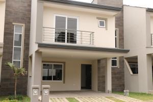 Casa En Alquiler En Guachipelin, Escazu, Costa Rica, CR RAH: 17-332