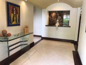 Casa En Alquiler En San Antonio, Escazu, Costa Rica, CR RAH: 17-344
