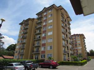 Apartamento En Venta En Bello Horizonte, Escazu, Costa Rica, CR RAH: 17-357