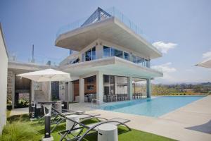 Apartamento En Venta En La Uruca, San Jose, Costa Rica, CR RAH: 17-365