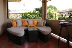 Casa En Alquileren Pozos, Santa Ana, Costa Rica, CR RAH: 17-368