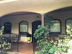 Casa En Alquiler En Pozos, Santa Ana, Costa Rica, CR RAH: 17-370
