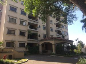 Apartamento En Alquiler En Escazu, Escazu, Costa Rica, CR RAH: 17-379