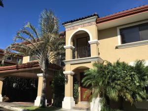 Casa En Alquiler En San Antonio, Escazu, Costa Rica, CR RAH: 17-383