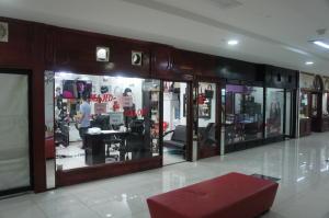 Local Comercial En Venta En San Pedro, Montes De Oca, Costa Rica, CR RAH: 17-398