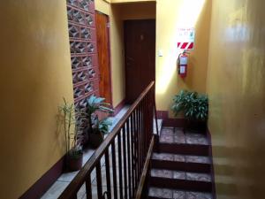 Apartamento En Alquiler En Zapote, San Jose, Costa Rica, CR RAH: 17-407