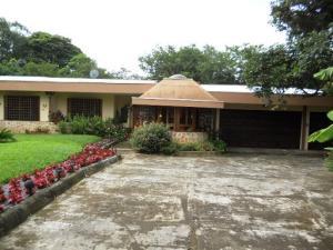Casa En Alquiler En Alajuela, Alajuela, Costa Rica, CR RAH: 17-441