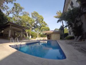 Apartamento En Alquiler En Santa Ana, Santa Ana, Costa Rica, CR RAH: 17-472