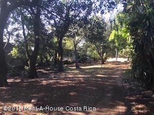 Terreno En Venta En Alajuela Centro, Alajuela, Costa Rica, CR RAH: 17-491