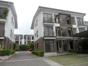 Apartamento En Alquiler En Belen, Belen, Costa Rica, CR RAH: 17-521