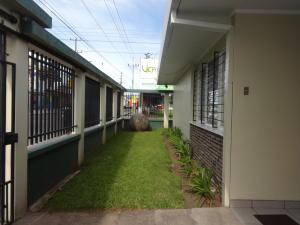 Casa En Venta En Sabana, Cartago, Costa Rica, CR RAH: 17-555