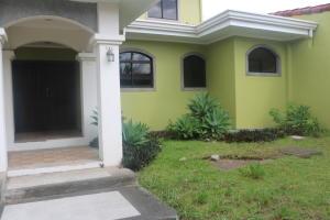 Casa En Alquiler En Pozos, Santa Ana, Costa Rica, CR RAH: 17-595