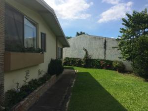 Casa En Venta En Escazu, Escazu, Costa Rica, CR RAH: 17-601