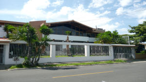 Casa En Alquileren San Jose, San Jose, Costa Rica, CR RAH: 17-621