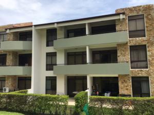 Apartamento En Ventaen Santa Ana, Santa Ana, Costa Rica, CR RAH: 17-622