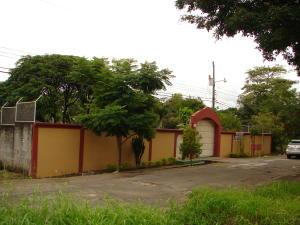Casa En Alquiler En Garita, Alajuela, Costa Rica, CR RAH: 17-686