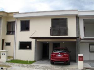 Apartamento En Alquiler En Alajuela, Alajuela, Costa Rica, CR RAH: 17-681