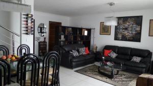Casa En Alquileren San Rafael Escazu, Escazu, Costa Rica, CR RAH: 17-684