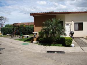 Casa En Alquiler En San Rafael De Alajuela, Alajuela, Costa Rica, CR RAH: 17-688