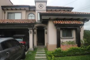 Casa En Ventaen Guachipelin, Escazu, Costa Rica, CR RAH: 17-704