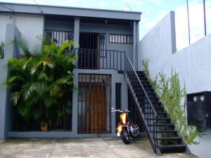 Oficina En Alquiler En La Uruca, San Jose, Costa Rica, CR RAH: 17-707