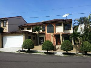 Casa En Alquileren Heredia, Heredia, Costa Rica, CR RAH: 17-710