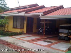 Casa En Venta En Punta Leona, Garabito, Costa Rica, CR RAH: 17-717