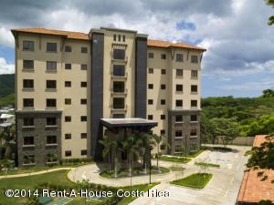 Apartamento En Ventaen Playa Hermosa Guanacaste, Liberia, Costa Rica, CR RAH: 17-775