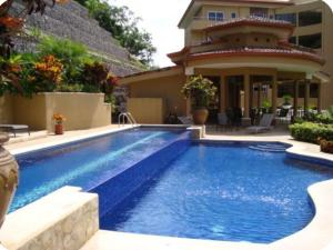Apartamento En Alquileren San Rafael Escazu, Escazu, Costa Rica, CR RAH: 17-828
