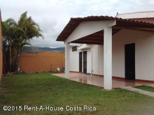 Casa En Ventaen 27 De Abril, El Guarco, Costa Rica, CR RAH: 17-872