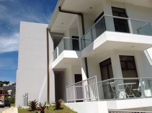 Apartamento En Alquileren Curridabat, Curridabat, Costa Rica, CR RAH: 17-874
