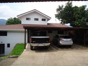 Casa En Ventaen Santa Ana, Santa Ana, Costa Rica, CR RAH: 17-925