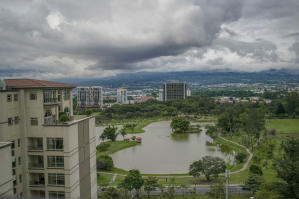 Apartamento En Ventaen Sabana, San Jose, Costa Rica, CR RAH: 17-947