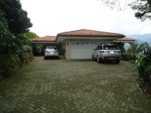 Casa En Alquiler En Santa Ana, Santa Ana, Costa Rica, CR RAH: 17-953