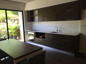 Apartamento En Ventaen Santa Ana, Santa Ana, Costa Rica, CR RAH: 17-955