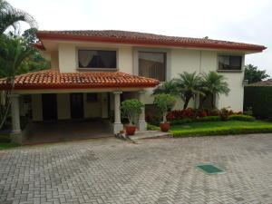 Casa En Ventaen Escazu, Escazu, Costa Rica, CR RAH: 17-970