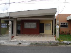 Casa En Ventaen San Francisco De Heredia, Heredia, Costa Rica, CR RAH: 17-974