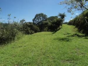 Terreno En Ventaen La Guacima, Alajuela, Costa Rica, CR RAH: 17-992