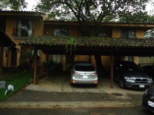 Casa En Ventaen Ciudad Colon, Mora, Costa Rica, CR RAH: 17-1005