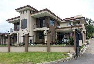 Casa En Alquileren Escazu, Escazu, Costa Rica, CR RAH: 17-1038