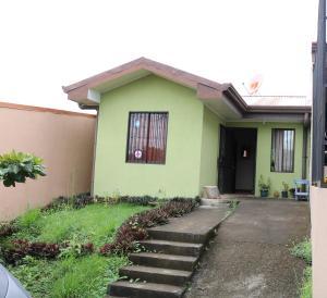 Casa En Ventaen La Guacima, Alajuela, Costa Rica, CR RAH: 17-1013