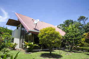 Casa En Ventaen Chachagua, San Ramon, Costa Rica, CR RAH: 17-1015