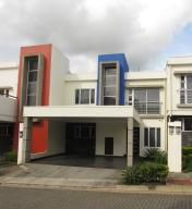 Casa En Alquileren San Rafael De Heredia, San Rafael, Costa Rica, CR RAH: 17-1029